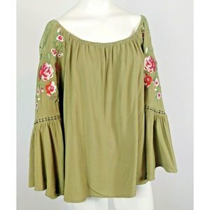 Umgee green Floral Embroidered lace Top size M